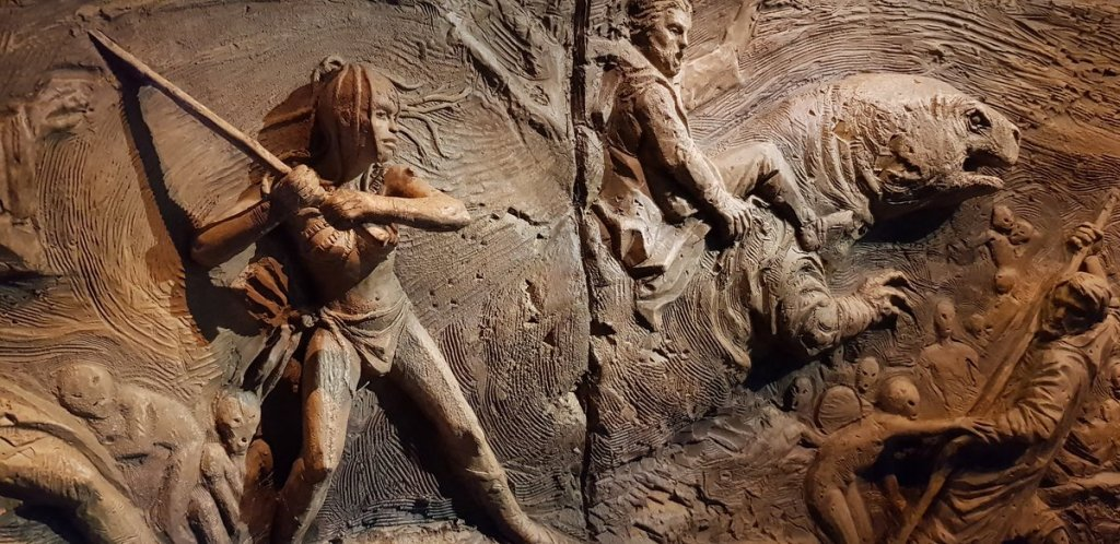 The Great Hyperspace War bas-relief carvings -  Star Wars: Lifeboat